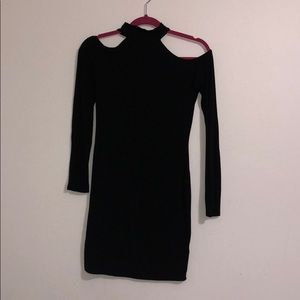 Black long sleeve shoulderless dress